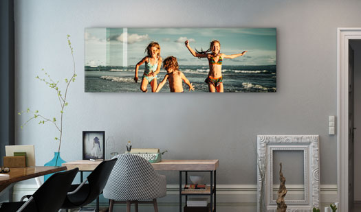 Kids-playing-Prints-on-Perspex